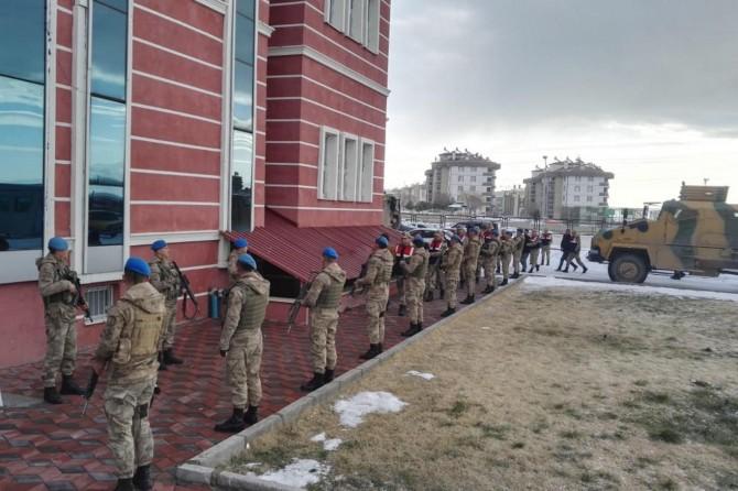 PKK operasyonunda 13 şüpheli tutuklandı