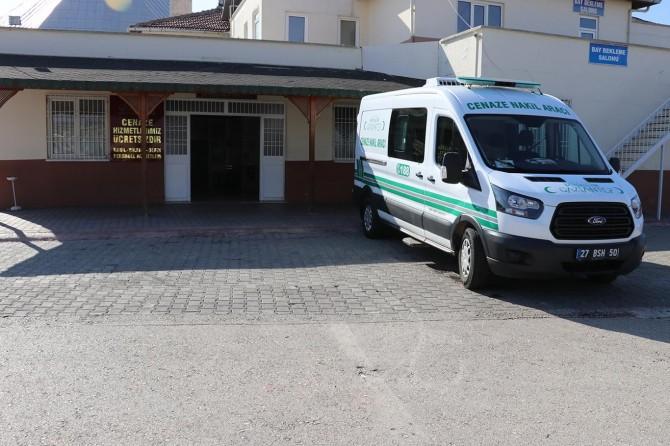 Gaziantep'te otomobil takla attı: 1 ölü 4 yaralı