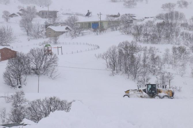 Bingöl'de 253 köy yolu ulaşıma açıldı