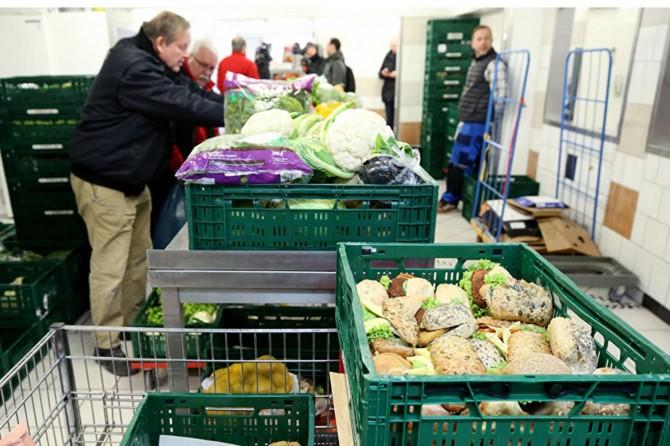 Almanya'da 5 milyon kişi yeterli gıda alamıyor