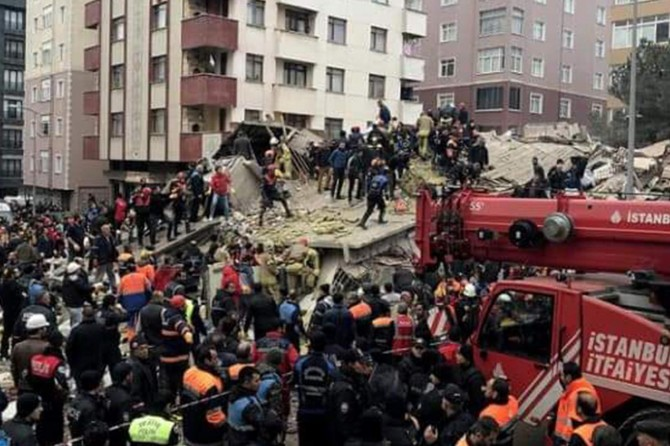 Death toll increases 6 in Istanbul building collapse: Istanbul Governor