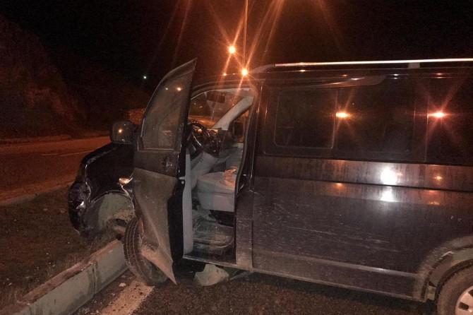 Alkollü sürücü üst üste kaza yaptı