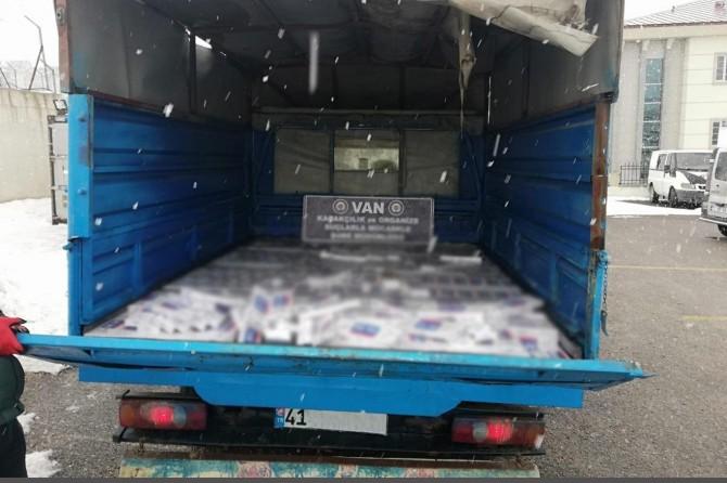 Van'da 9 bin 750 paket kaçak sigara ele geçirildi