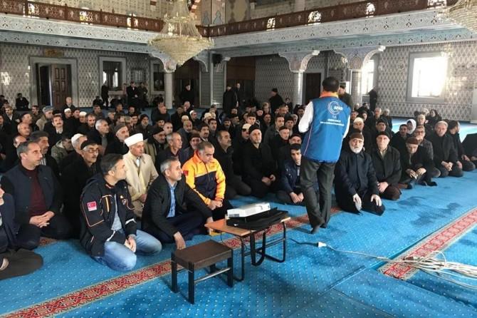 Bingöl'de Cami cemaatine Temel Afet Bilinci eğitimi