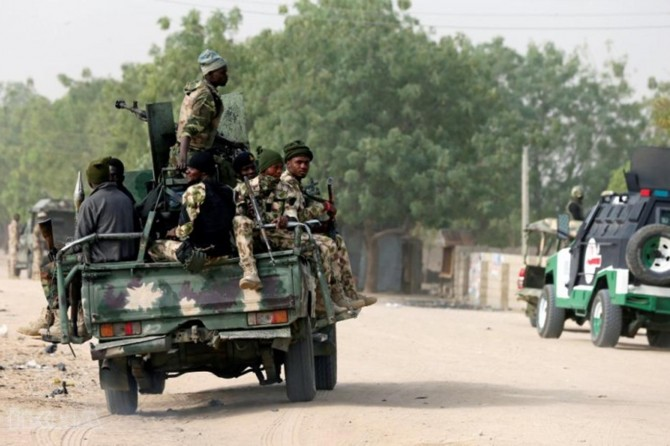 Attacks in Nigeria on the eve of elections: 66 dead