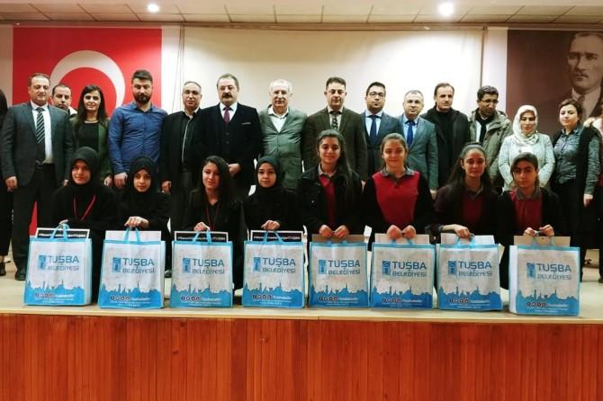 Öğrenciler arasında münazara yarışması