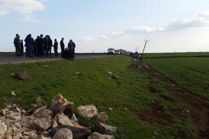 Viranşehir'de kamyon devrildi: 1 yaralı