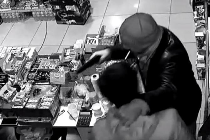 Batman'da sigara içerken soygun yapan şahıs yakalandı