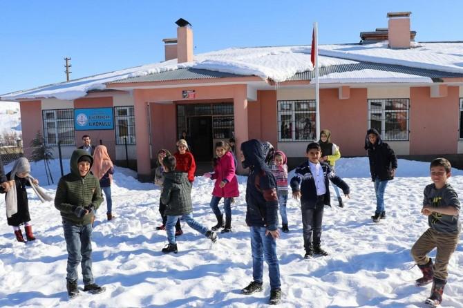 6 ilde kar yağışı nedeniyle eğitime ara verildi