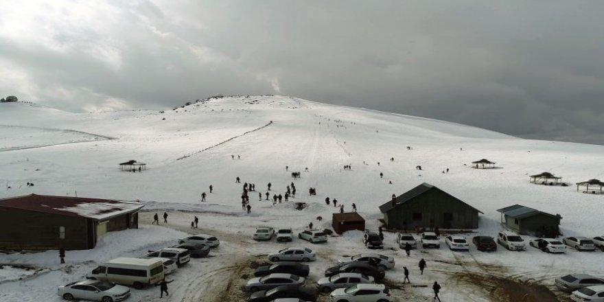 Bölgenin tek kayak merkezi ilgi bekliyor