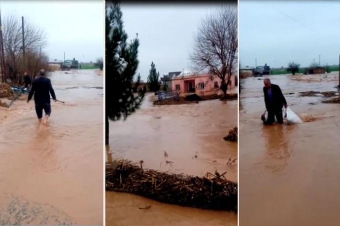 Mardin'de aşırı yağış sele dönüştü