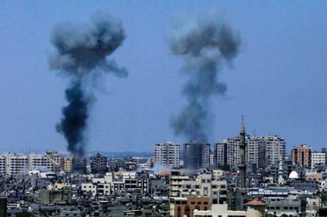 İşgalciler Gazze'de Hamas'a ait iki alana saldırdı düzenledi