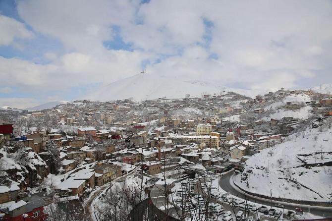 Bitlis'te 221 köy ulaşıma açıldı