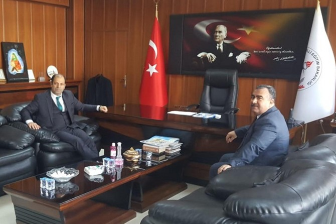 Viranşehir İlçe Milli Eğitim Müdürlüğüne atanan Turğut göreve başladı