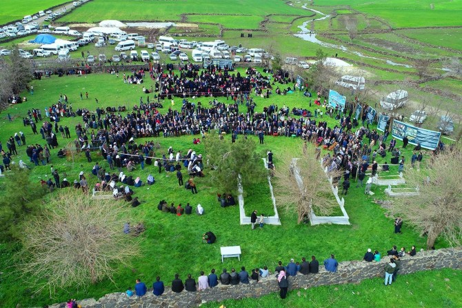 """""""Karacadağ martyrs"""" commemorated upon their graves"""