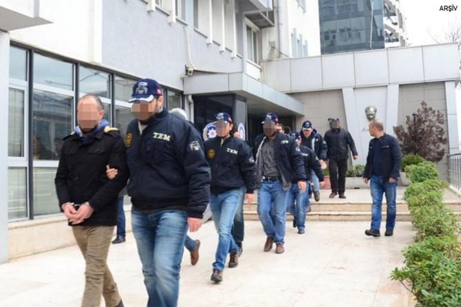 İhraç edilmiş 58 polis hakkında gözaltı kararı