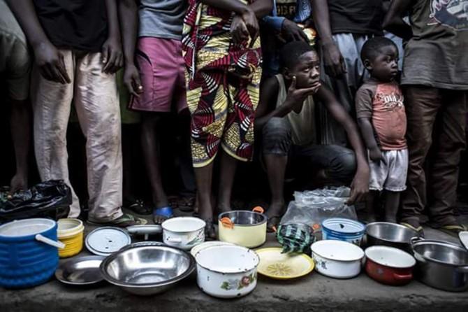 Demokratik Kongo Cumhuriyeti'nde yüzbinlerce çocuk yetersiz besleniyor