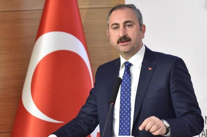 Gül: Rapor Türkiye'ye karşı önyargılarla dolu