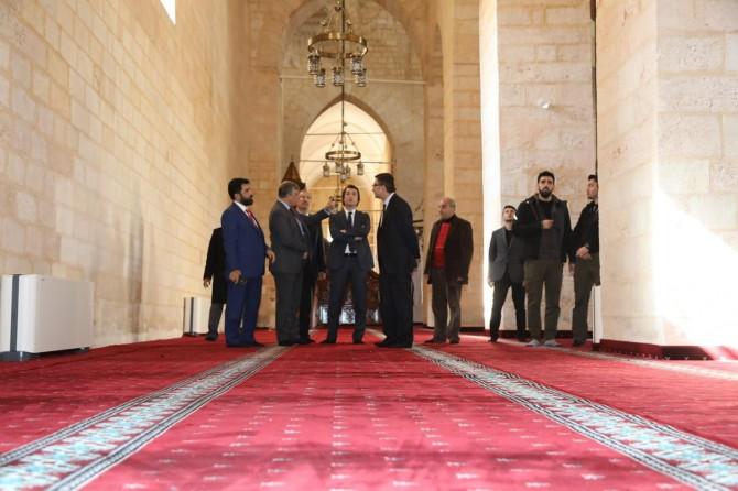 Tarihi Ulu Camii yarın ibadete açılacak