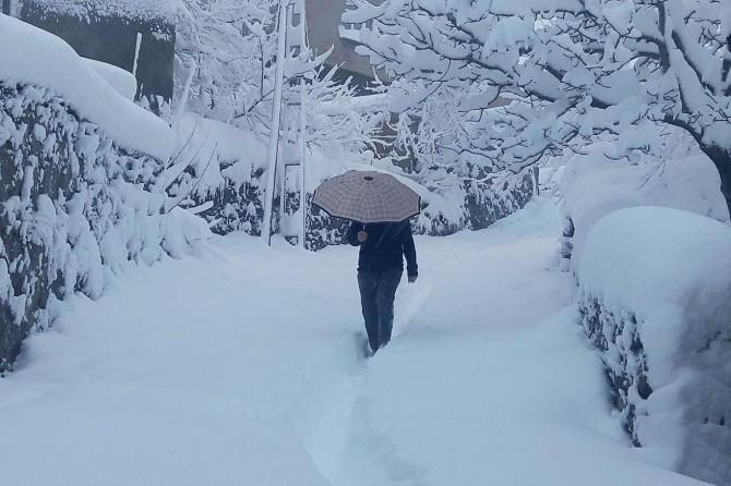 Meteorolojiden yoğun kar ve sağanak yağış uyarısı