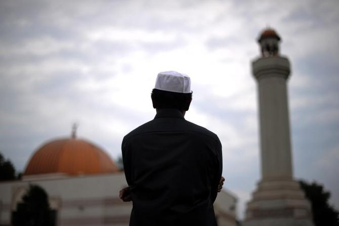 Batı İslam ile terörü özdeşleştirmek adına sistematik bir manipülasyon uyguluyor
