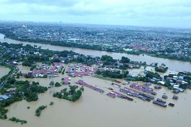 Endonezya'da sel felaketi: 50 ölü