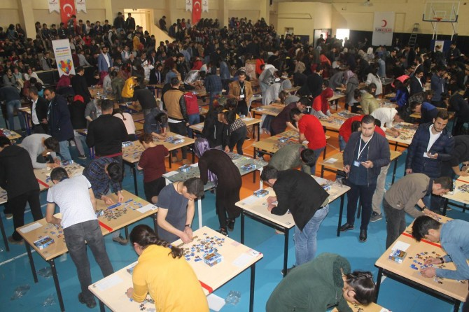 Yapboz yarışmasının startı Cizre'de verildi