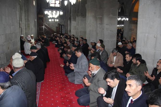 Bitlis'te Çanakkale şehitleri için mevlit okutuldu