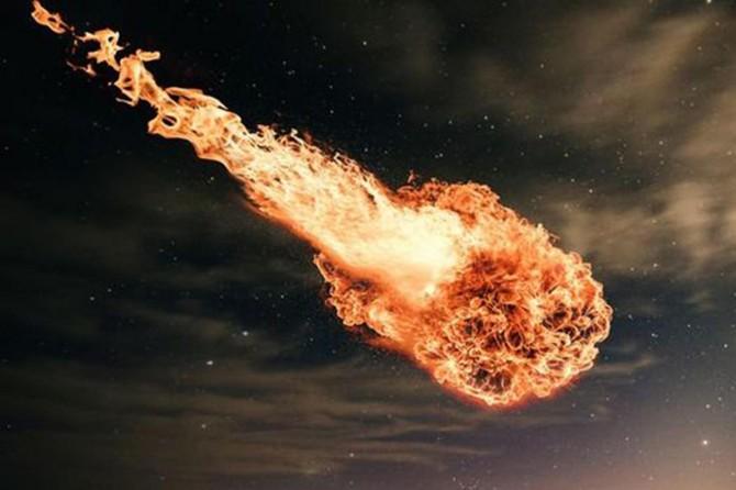 """""""Hiroşima bombasından 10 kat daha güçlü meteor dünya üzerinde patladı"""""""