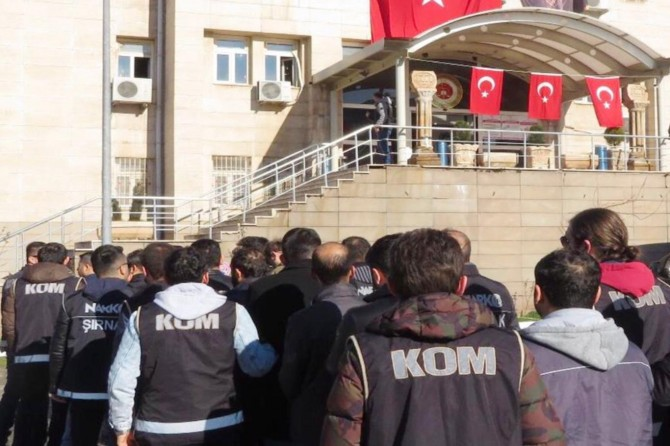 Şırnak merkezli FETÖ operasyonu: 4 tutuklama