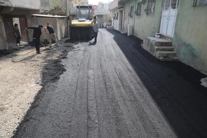 Silopi'de asfalt çalışmaları devam ediyor