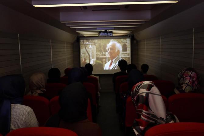 Prof. Dr. Fuat Sezgin tematik otobüslerle tanıtılıyor