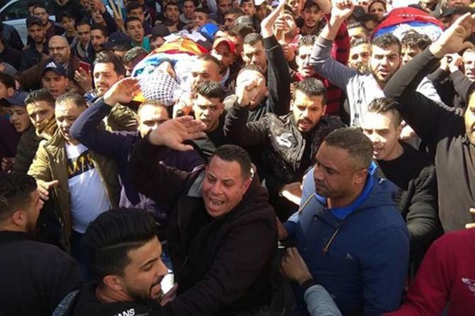 Filistin'de 3 genç şehid edildi