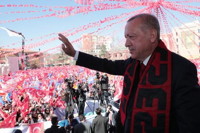 Erdoğan: Ulusal Raylı Sistem Araştırma ve Test Merkezi kurulacak