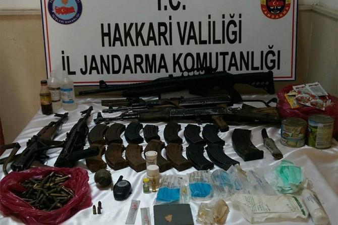 Çukurca'da PKK operasyonunda mühimmat ve eroin ele geçirildi