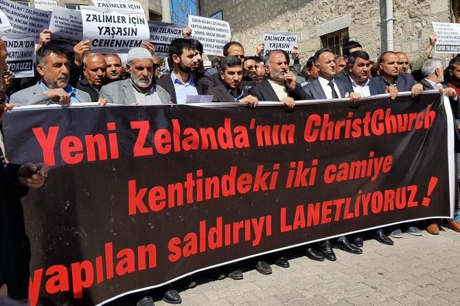 Bu saldırılar Batılılar tarafından üretilen İslam karşıtlığının neticesidir