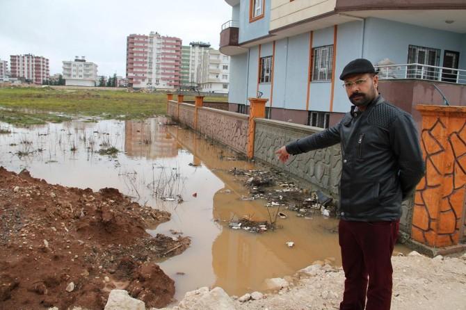 Midyat'ta evlerini su basan vatandaşlardan yardım çağrısı