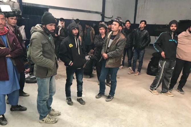 Van'da 60 göçmen yakalandı