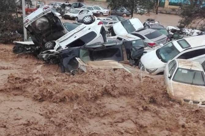 İran'da sel: 11 ölü