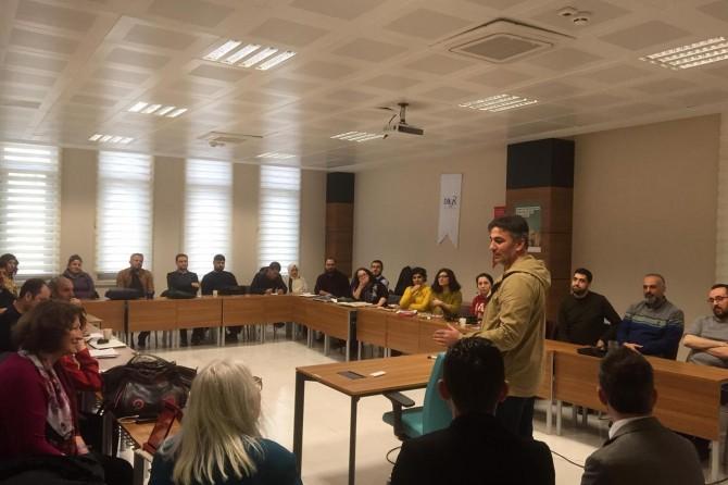 """Mardin'de """"Sosyal Bilimlerde Nitel Araştırma Yöntemleri"""" seminerleri"""