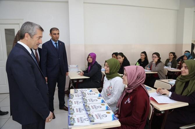 Gaziantep'te milyonlarca kitap dağıtıldı