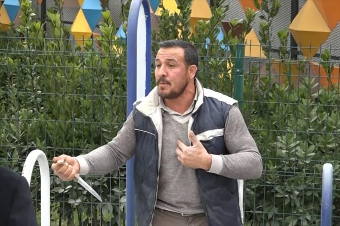 Gaziantep'te işsiz olduğunu iddia eden şahıs bıçaklı eylem yaptı