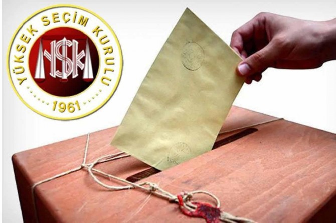 Siyasi parti liderleri nerede oy kullanacak?