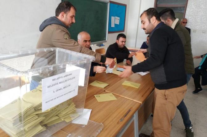 Batman'da belediyelerin çoğunu AK Parti aldı