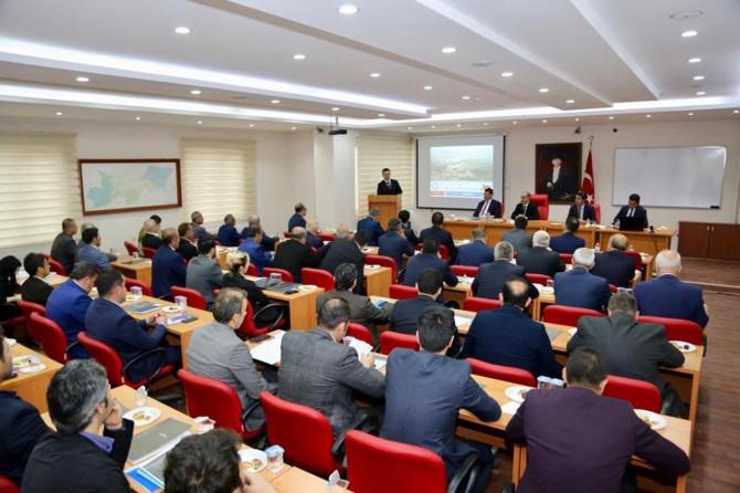 Şırnak'ta devam eden yatırımlar konuşuldu