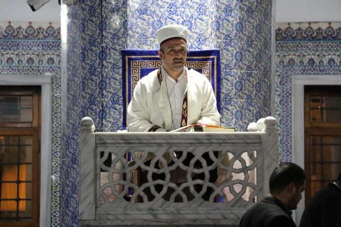 Müslümanların görevi istikamet üzeri kalmaktır
