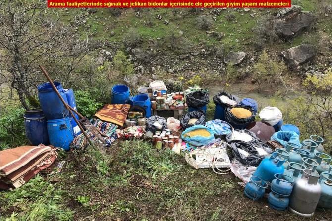 Silvan ve Hazro'da PKK'ye ait 9 sığınak imha edildi