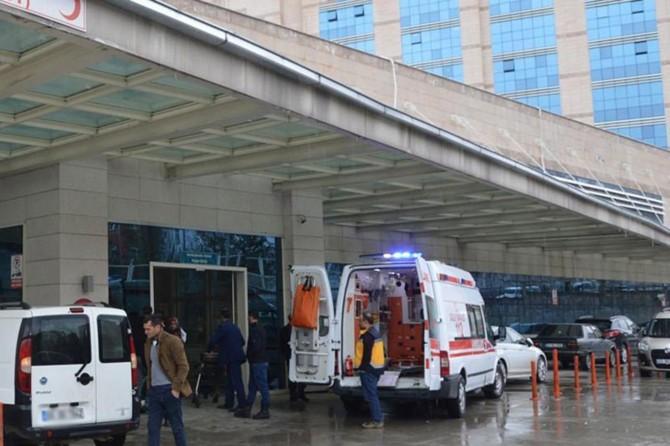 Yığılca'da düğün yemeğinden zehirlenen 25 kişi hastaneye kaldırıldı