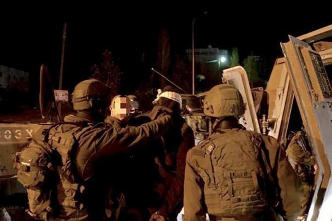 Siyonîstên terorîst 17 Mislimanê Filistînî desteser kirin