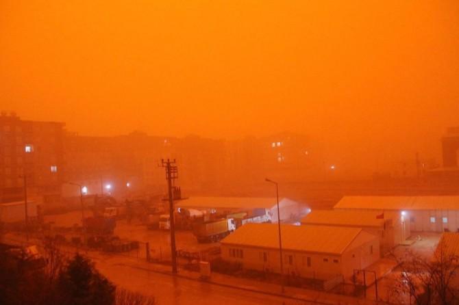 Ege ve Batı Akdeniz için toz taşınımı uyarısı
